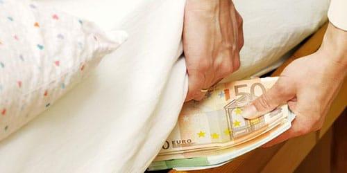 прятать деньги во сне
