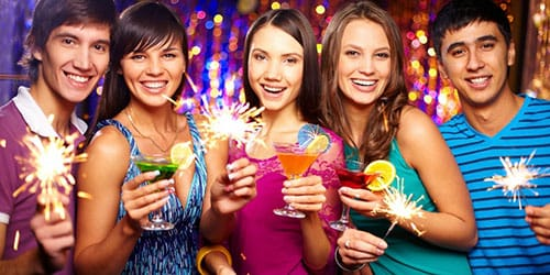 веселье на дружеской вечеринке