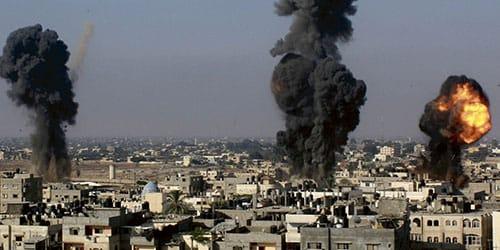 бомбежка и взрывы