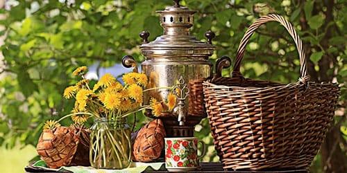пить чай из самовара