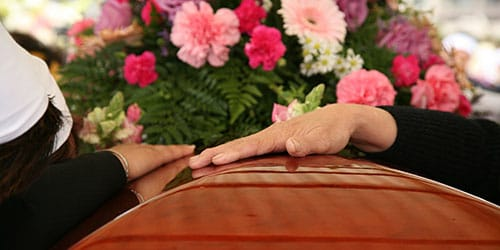 приснились собственные похороны