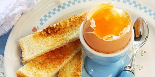 есть яйца всмятку