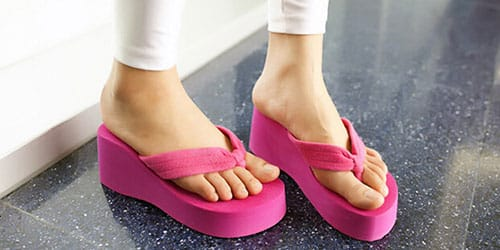 искать собственную обувь