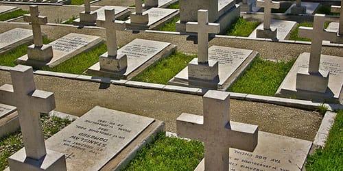 приснилась могила отца на кладбище