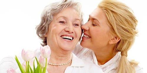 целовать покойную бабушку