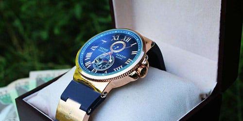 покупать часы в подарок
