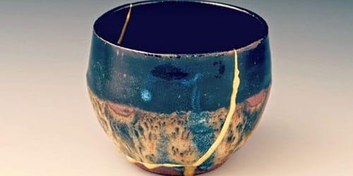 треснутая ваза