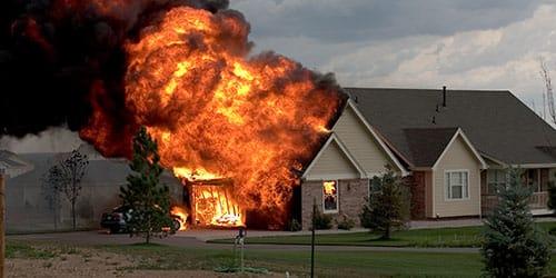 родительский дом горит