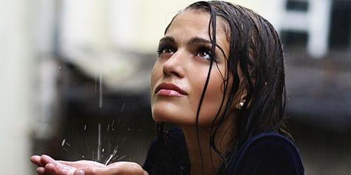 к чему снится сильный дождь
