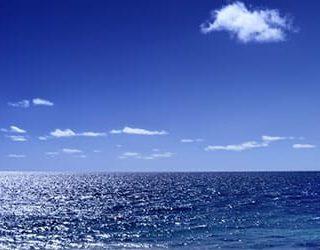 Синее море