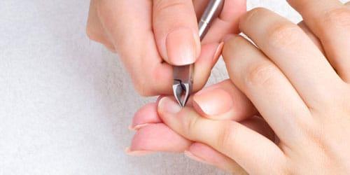 к чему снится стричь ногти на руках