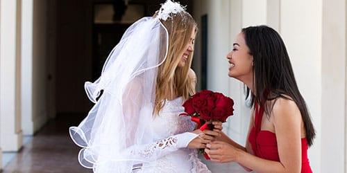 поздравлять невесту своего бывшего парня с замужеством