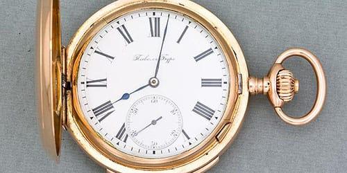 старинный хронометр