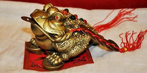жаба сувенир