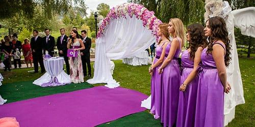 приснилось быть на свадьбе гостем