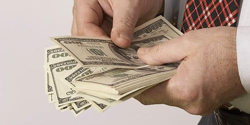 давать деньги во сне