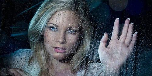 сильный ливень за окном