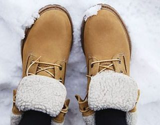 Идти по снегу