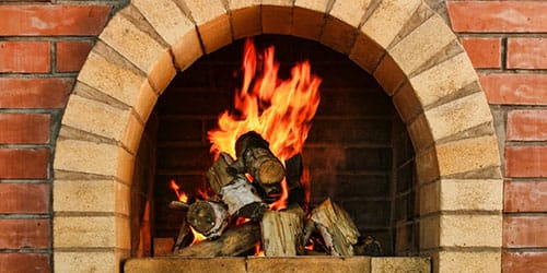 горящая печка