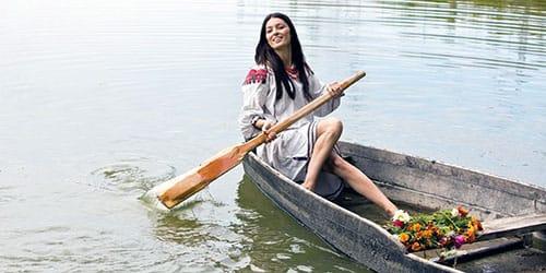 плыть на лодке во сне