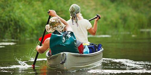 плыть на веслах