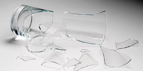 битый стакан