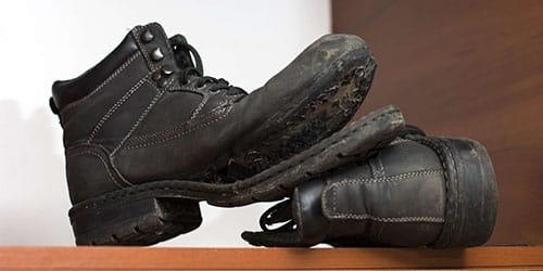 к чему снится рваная обувь