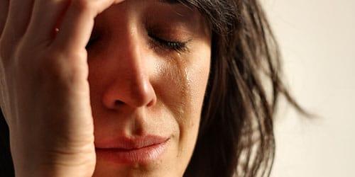 к чему снятся слезы плакать
