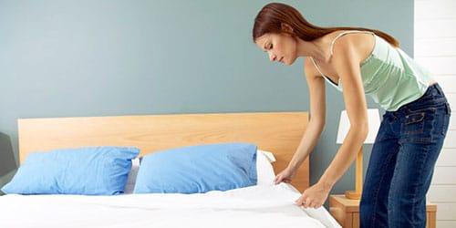 к чему снится стелить постель