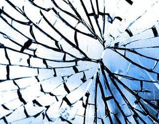 Зеркало разбилось