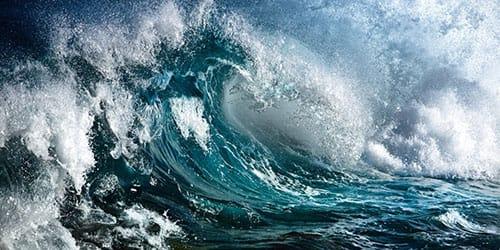 видеть во сне большие волны на море
