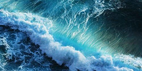 пенистые волны