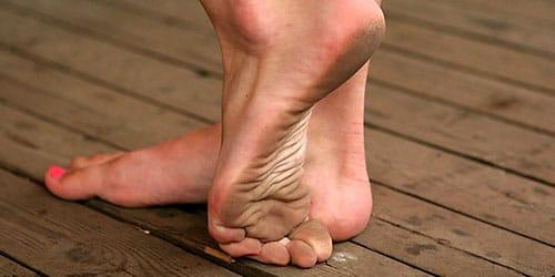 фото ступней женщин
