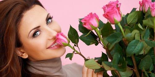 подарили цветы
