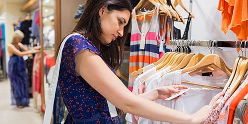 видеть во сне магазин одежды