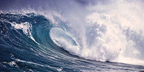 видеть во сне огромные волны