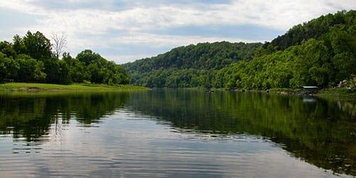 видеть воду в реке во сне