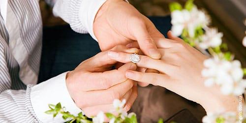 выходить замуж за своего мужа во сне