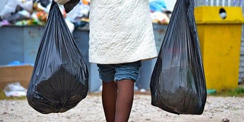 избавляться от мусора