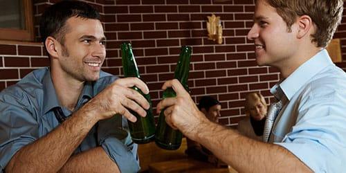 выпивать с другом