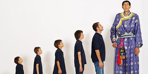 длинный мужчина