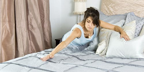 заправлять постель во сне