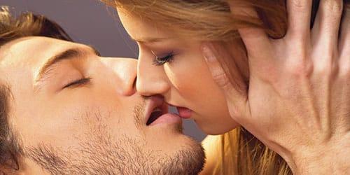 целоваться с незнакомцем во сне