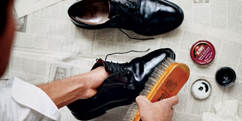 чистить обувь во сне