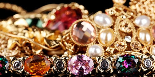 изделия с драгоценными камнями
