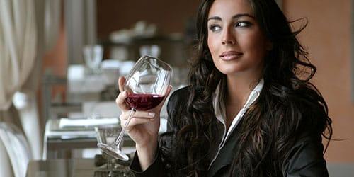 красное вино во сне