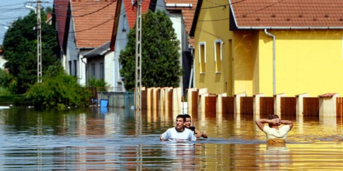 к чему снится наводнение на улице