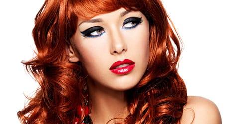 девушка с огненными волосами