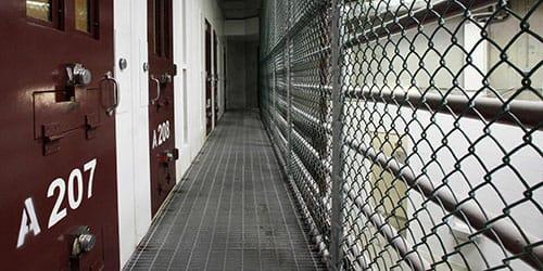 сбежать из тюрьмы во сне