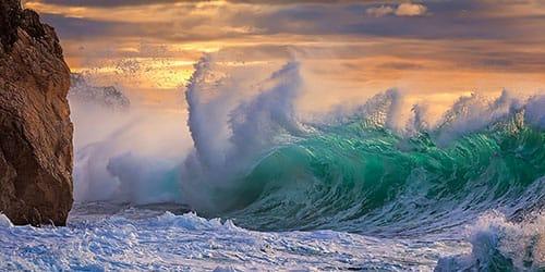 видеть во сне шторм на море